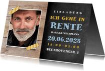 Einladungskarte zur Rentnerfeier mit Foto auf Holz