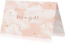 Felicitatie geboorte wolken hartjes goudlook meisje