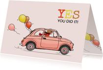 Felicitatiekaart geslaagd Fiat 500 roze