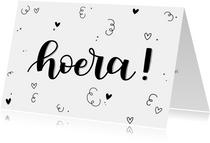 Felicitatiekaart - Hoera! handlettering