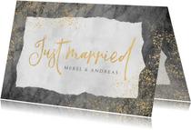 Felicitatiekaart huwelijk met marmer, goud en typografie