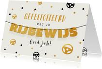 Felicitatiekaart rijbewijs confetti goud slinger stuurtjes