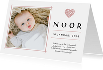 Geboortekaartje met eigen foto en roze hartje