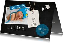 Geburtskarte Foto und Label auf Kreidetafel