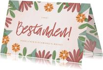 Glückwunschkarte Bestanden Blumenrahmen