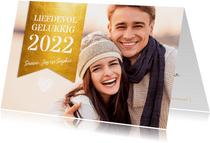 Grote foto met gouden label nieuwjaarskaart