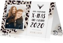 Hippe kerstkaart met taupe panterprint en eigen foto