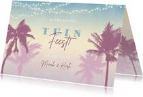 Hippe uitnodiging voor een tuinfeest met palmbomen & lampjes