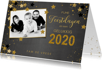 Kerst stijlvolle foto kaart krijtbord met sterren 2020