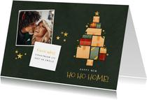Kerst verhuiskaart kerstboom van dozen, cadeautjes en foto's
