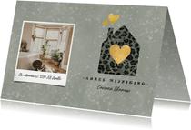Kerst verhuiskaart panterprint huisje, foto en spetters