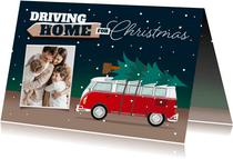 Kerstkaart driving home for christmas foto kerstboom