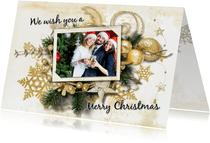 Kerstkaart klassiek kerststuk goud groen en foto