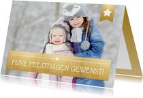 Kerstkaart met een eigen foto en een gouden vlak met letters
