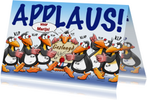 Leuke geslaagd kaart met pinguïns en applaus