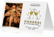 Leuke uitnodiging nieuwjaarsborrel met foto en champagne