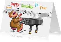 Leuke verjaardagskaart beertje speelt piano voor de jarige