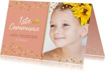 Lieve stijlvolle communiekaart meisje met gouden confetti