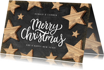 Moderne kerstkaart houten sterren en Merry Christmas