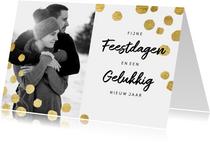 Moderne kerstkaart met goudlook confetti en foto