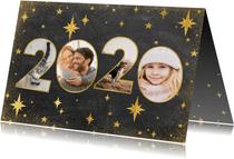 Moderne nieuwjaarskaart met 2020 fotocollage en sterren