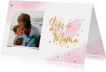 Moederdagkaart foto 'Lieve Mama' met hartjes goudlook
