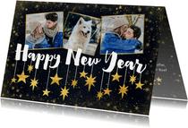 Nieuwjaarskaart met foto's, typografie en hangende sterren