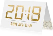 Nieuwjaarskaart met tijdstip 20:18 die verandert in 20:19