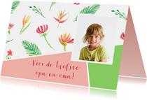 Opa- en omadagkaart met bloemen en foto