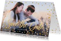 Save the Date kaart met grote eigen foto en confetti kader