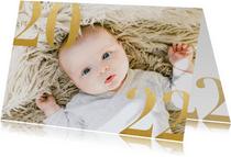 Stilvolle Neujahrskarte mit großem Foto und 2022