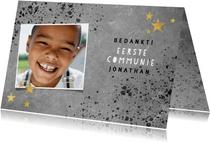Stoer bedankkaartje eerste communie met beton en spetters