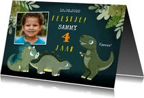 Stoere kinderfeestje uitnodiging met dino's, jungle en foto