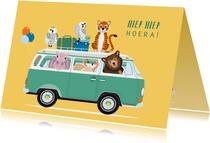 Stoere verjaardagskaart met volkswagenbusje vol dieren