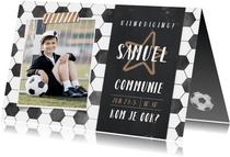 Stoere voetbal communie uitnodiging jongen met foto