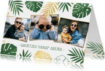 Tropische jungle vakantiekaart met Monstera bladeren en foto
