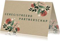 Trouwkaart geregistreerd partnerschap met kraft en bloemen