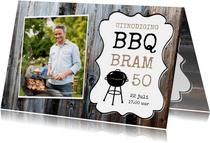Uitnodiging barbecue sloophout en eigen foto