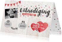 Uitnodiging jubileum foto, confetti, hartjes