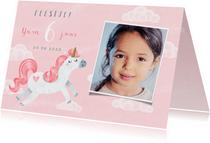 Uitnodiging kinderfeestje eenhoorn meisje wolkjes foto