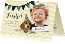 Uitnodiging kinderfeestje hondje met feesthoed