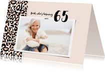 Uitnodiging look who's turning 65 panterprint