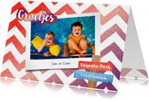 Vakantie vrolijke hippe fotokaart rood wit blauw glitter