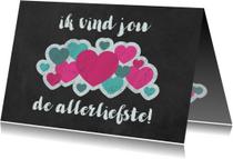 Valentijnskaart met wolk van hartjes op krijtbord
