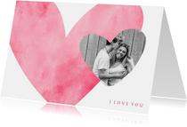 Valentijnskaart roze hart met foto in hartje