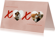 Valentijnskaart XOXO hartjes foto's en roze verf