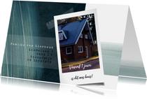 Verhuiskaart met foto en potloodstrepen