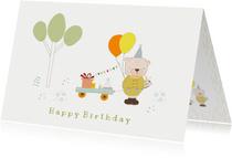 Verjaardagskaart beertje, ballonnen en kar met cadeautjes