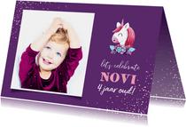 Verjaardagskaart grote foto met unicorn en confetti