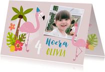 Verjaardagskaart met flamingo's en tropisch thema